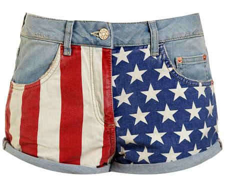 b53bda58e06 Флаги как элемент моды - использование национальных флагов в мировой ...